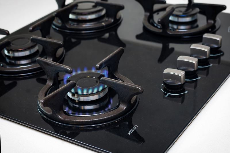 Four burner kitchen Hob